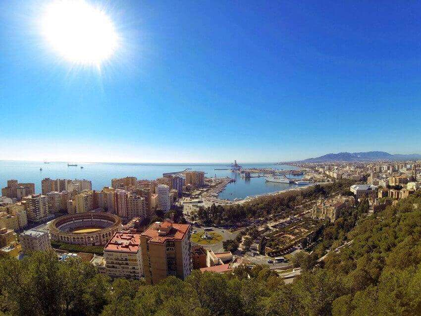 Malaga view of - Sunshine and port area