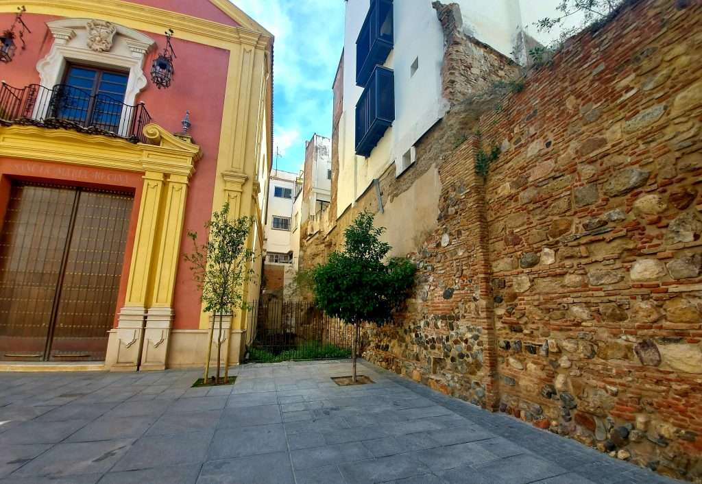 Things to do in Malaga- discover the remains of the old arab city wall